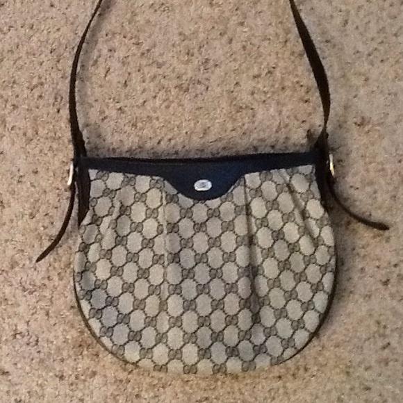 fb05ff49ee Gucci Bags | Accessory Collection Vintage Monogram Purse | Poshmark
